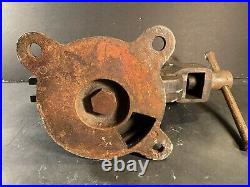 Antique Standard Heavy-Duty 3-1/2-Jaws Base-Bench Vise (31 Lbs)