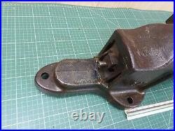 Record Vice No. 84. Steel. Quick Release Heavy Duty 4 1/2 Fitters Bench Vice