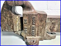 Vintage Rock Island No. 594 4 1/2 Wide Jaw Heavy Duty Bench Vise with Meatball